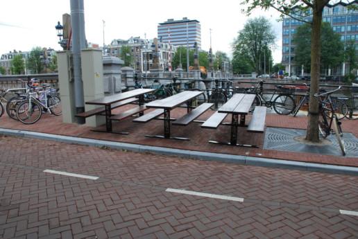 terras tafels en banken staal hout, meubelmaker amsterdam cabinetmaker custom furniture op maat gemaakt maatwerk meubels