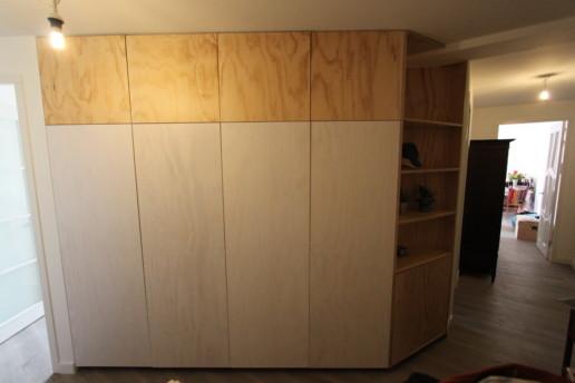 wandkast underlayment whitewash, meubelmaker amsterdam cabinetmaker custom handmade furniture op maat gemaakt maatwerk meubels