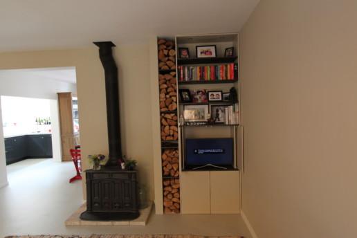 wandmeubel haardhout eiken tv meubel meubelmaker amsterdam cabinetmaker custom handmade furniture op maat gemaakt maatwerk meubels