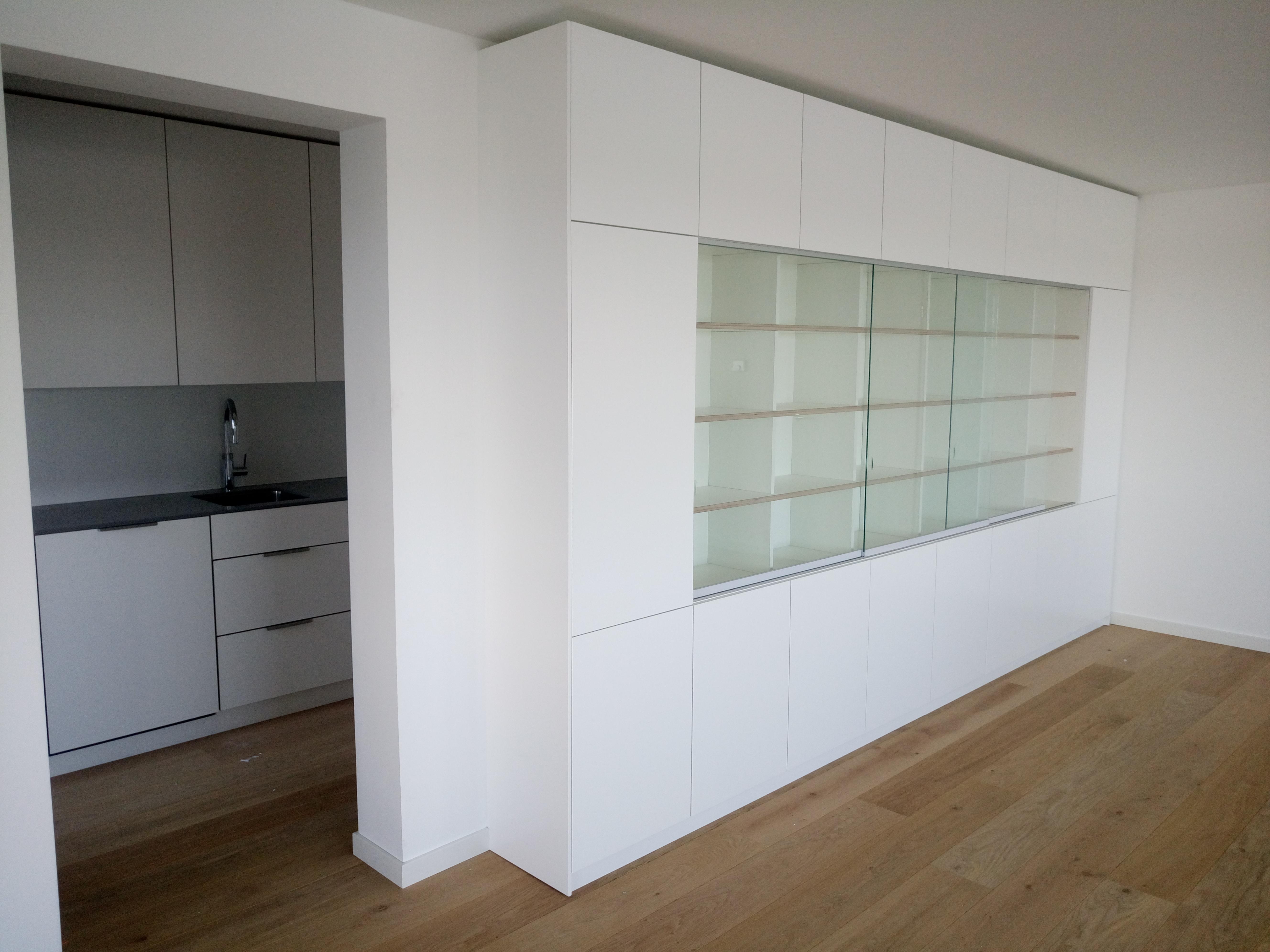 Wandkast Met Glas.Wandkast Met Glazen Schuifdeuren 2d W
