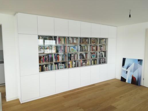 wandkast wit glazen schuifdeuren meubelmaker amsterdam cabinetmaker custom handmade furniture op maat gemaakt maatwerk meubels