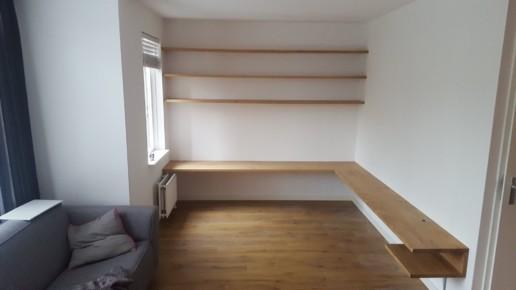 zwevende eiken planken, meubelmaker amsterdam cabinetmaker custom handmade furniture op maat gemaakt maatwerk meubels