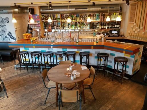 bar van gymzaalvloer, meubelmaker amsterdam cabinetmaker custom handmade furniture op maat gemaakt maatwerk meubels