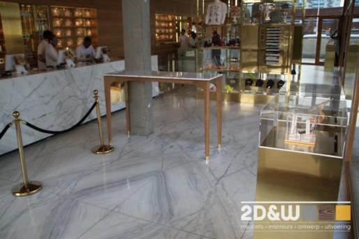 meubelmaker amsterdam cabinetmaker custom handmade furniture op maat gemaakt maatwerk meubels joint draaitafel coffieshop eiken marmer prullenbak messing